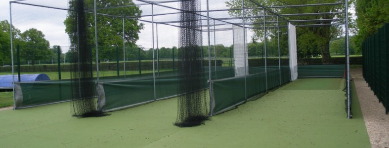 Key clamp versatility providing support for sports netting