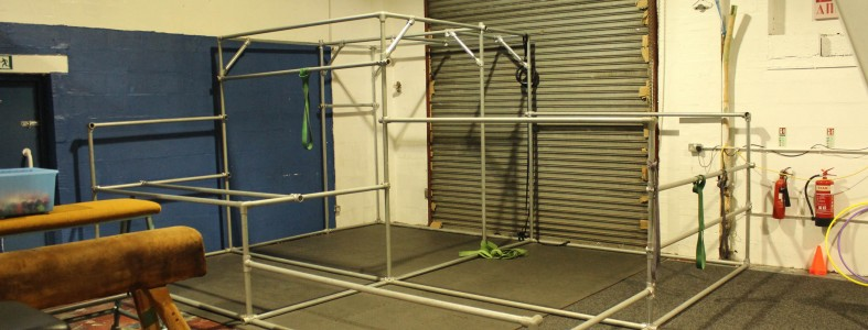 Tubing and key clamp exercise frame